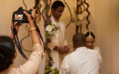 මගුල් පින්තූර අයිති කාටද? කතාබහ – 16   Who owns wedding photographs? – Kathabaha – 16